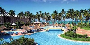 Dreams-Palm-Beach-Punta-Cana--Hotel-family-area